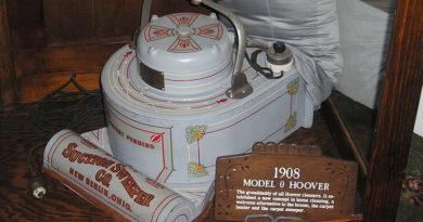 Vacuum Cleaner History